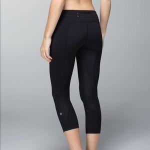 Lululemon Black Inspire Crop leggings